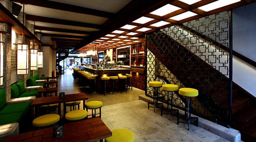 sullivan bar lounge in frankfurt am main. Black Bedroom Furniture Sets. Home Design Ideas